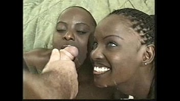 BLACKEDRAW These BBC loving twins do EVERYTHING together