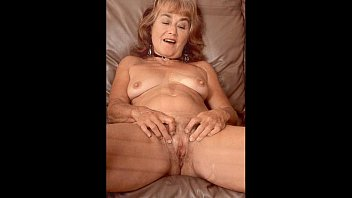 Hairy old mature in stockings spreads legs for him